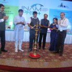 श्री नितिन गडकरी, माननीय मंत्री (सड़क परिवहन, राजमार्ग एवं पोत परिवहन) द्वारा अशोक होटल, नई दिल्ली में 01 जून, 2017 को एनएचआईडीसीएल के परियोजना-स्थलों पर कौशल विकास कार्यक्रम का शुभारंभ तथा इनाम-प्रो + का प्रवर्त्तन ।